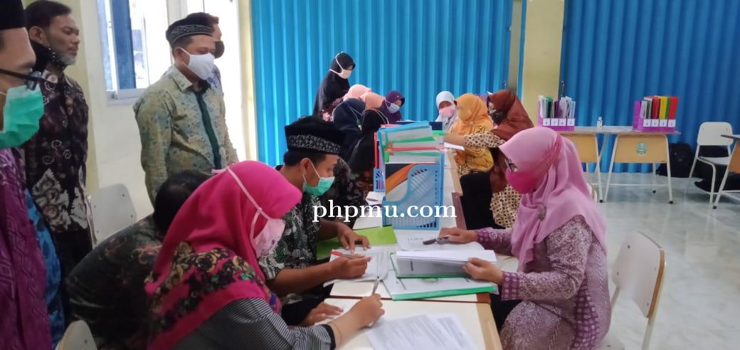 Pra-Akreditasi 2021 SMA Al-Azhar Menganti