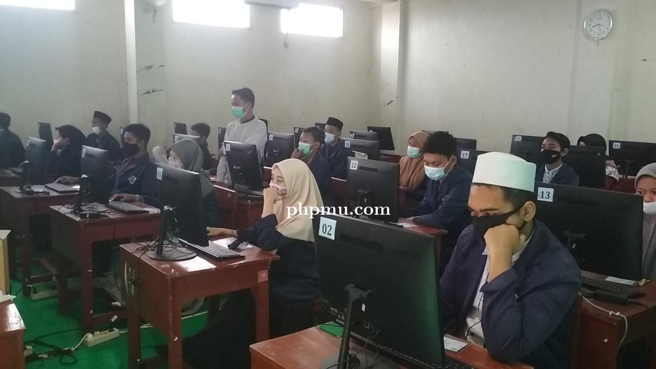 Pelaksanaan Ujian Sekolah SMA Al-Azhar Menganti