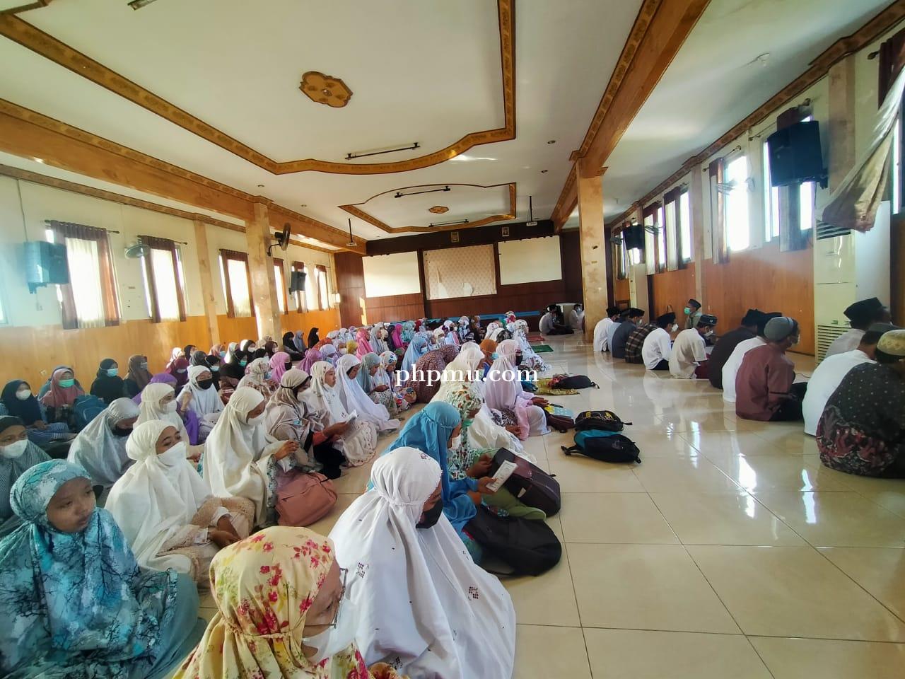 Pelaksanaan Pondok Ramadhon tahun 2021 SMA Al-Azhar Menganti